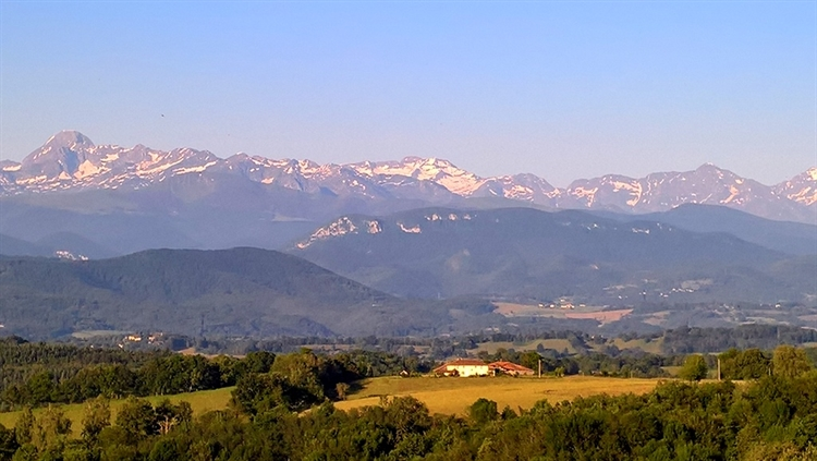 exceptional hilltop property pyrenees - 14
