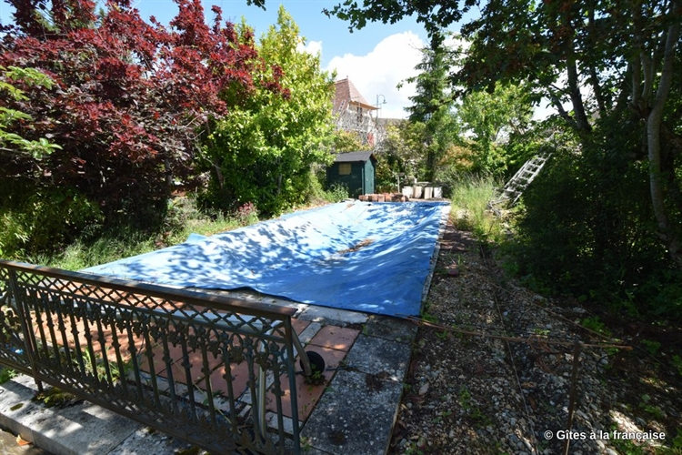 quercy mansion gite pool - 14