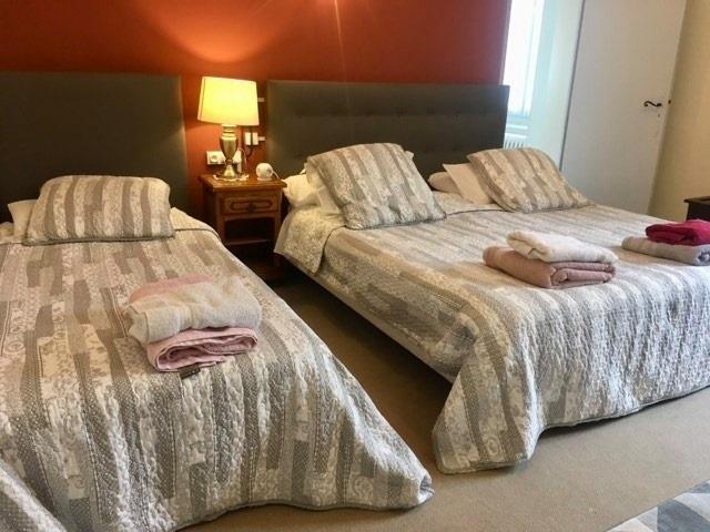 11 bedroom 3-star hotel - 10