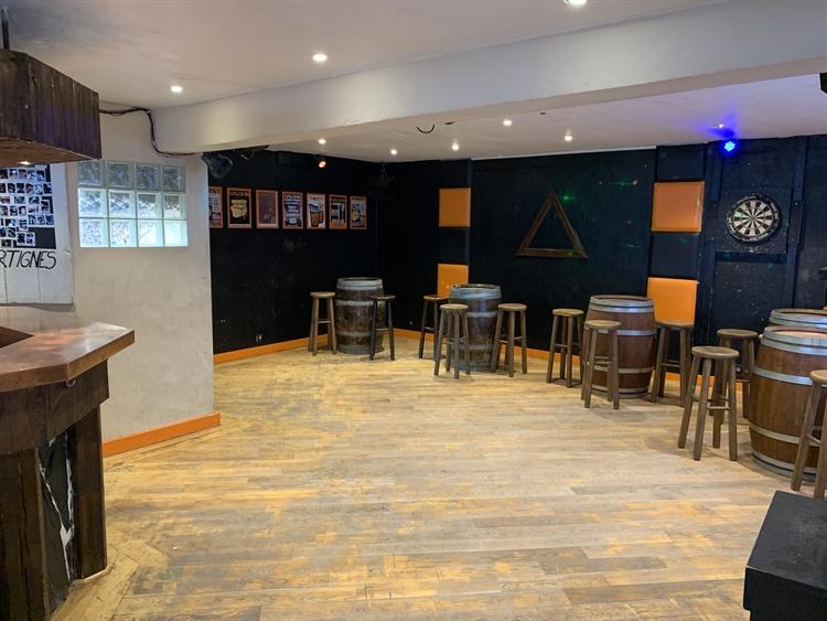 bar restaurant ski resort - 11