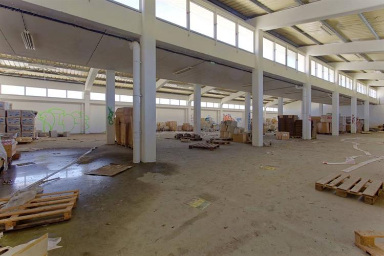 industrial space saint pierre - 2