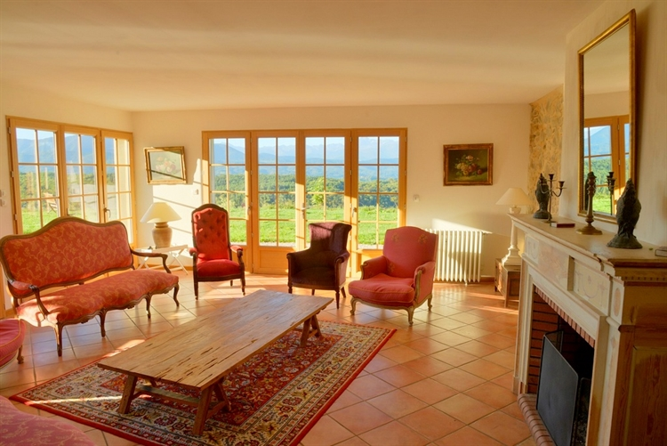exceptional hilltop property pyrenees - 15
